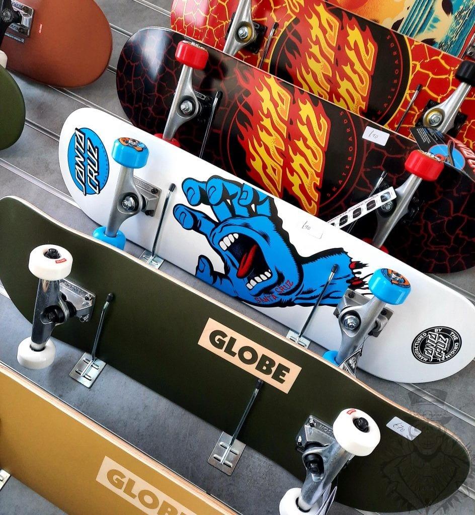 Santa Cruz Skateboard Globe Skateboard Complete